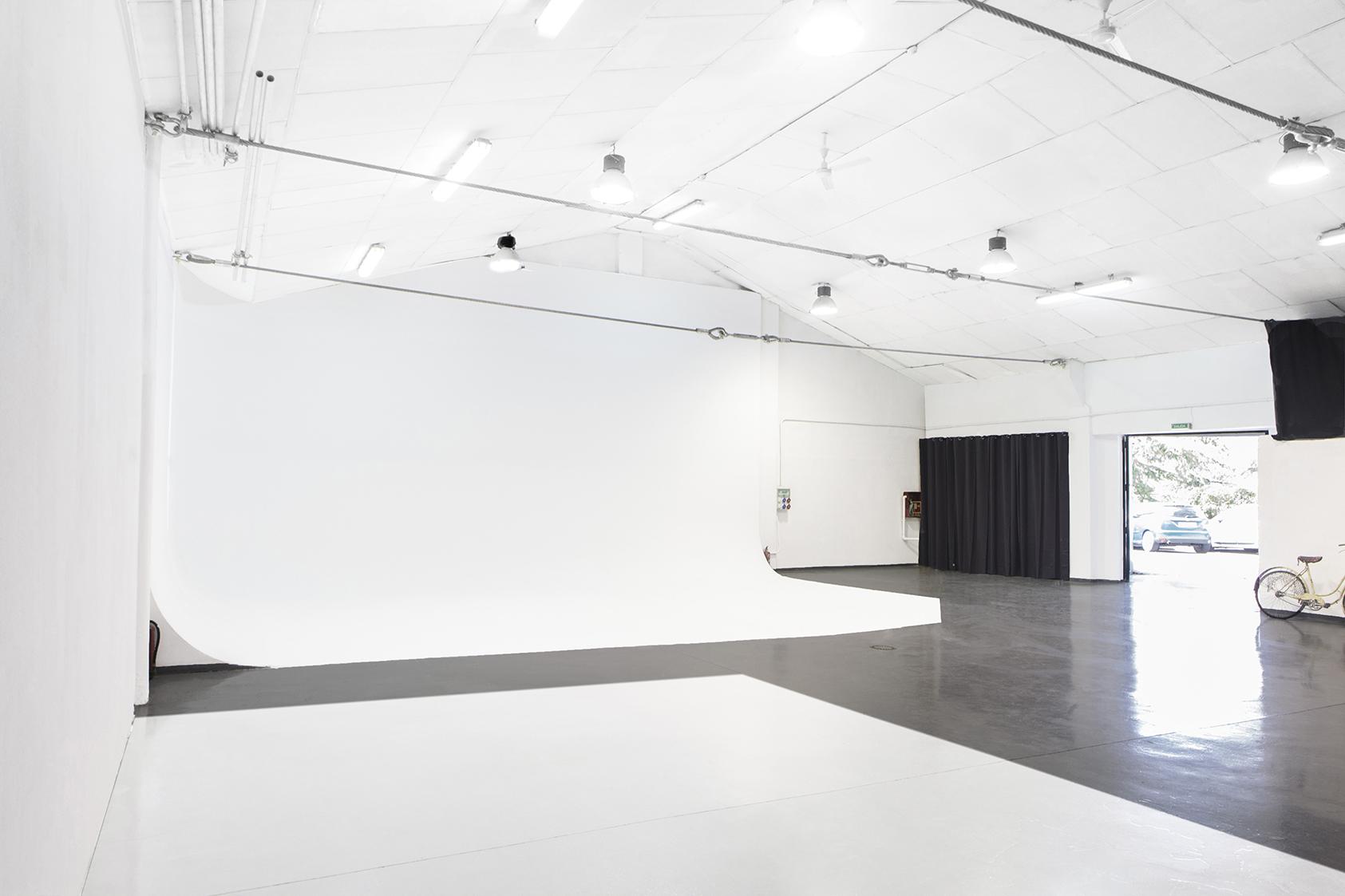 Studio 02